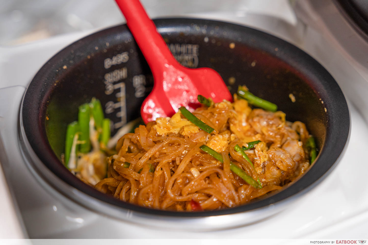 Rice cooker pad thai recipe