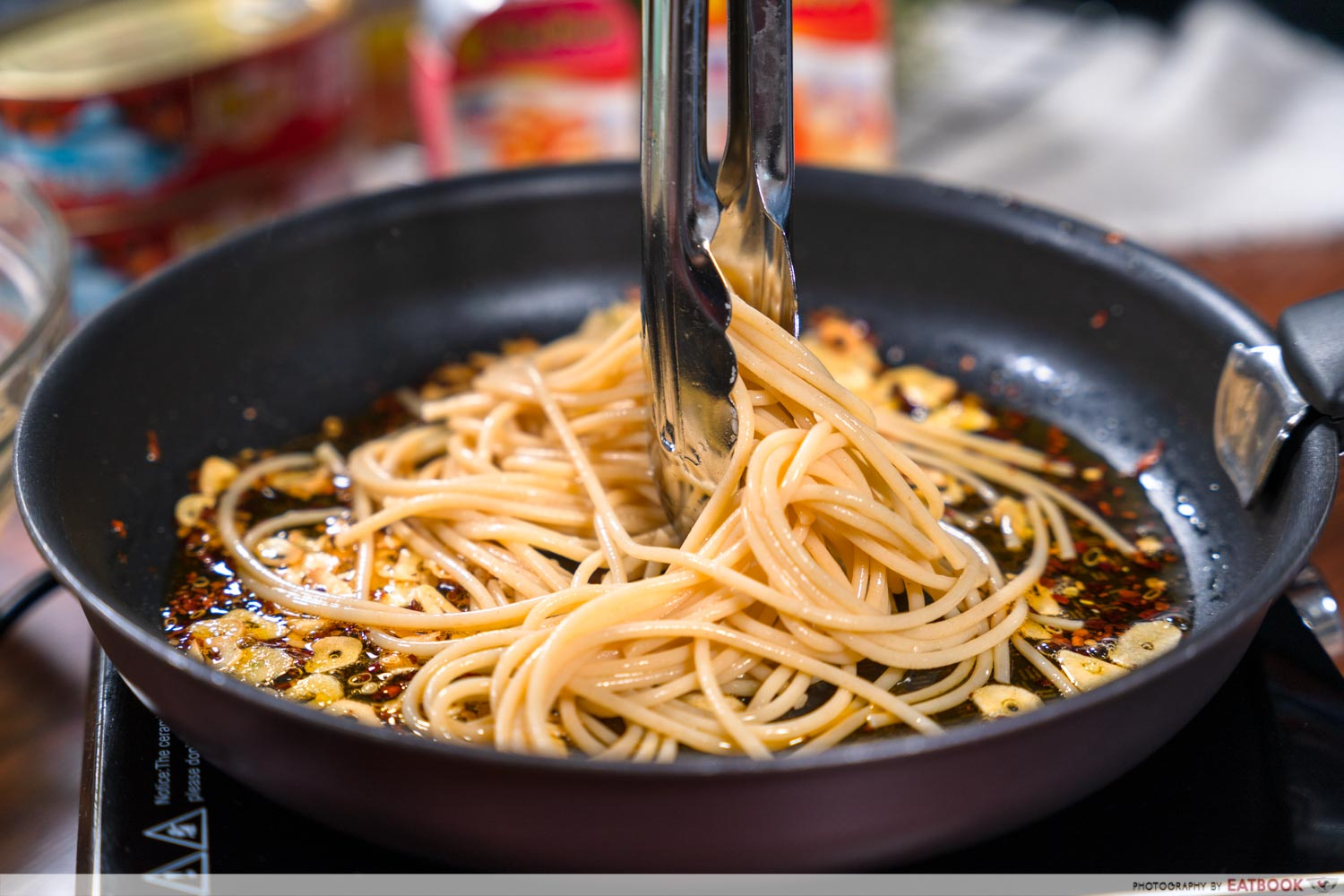 Canned food recipes - spicy aglio olio