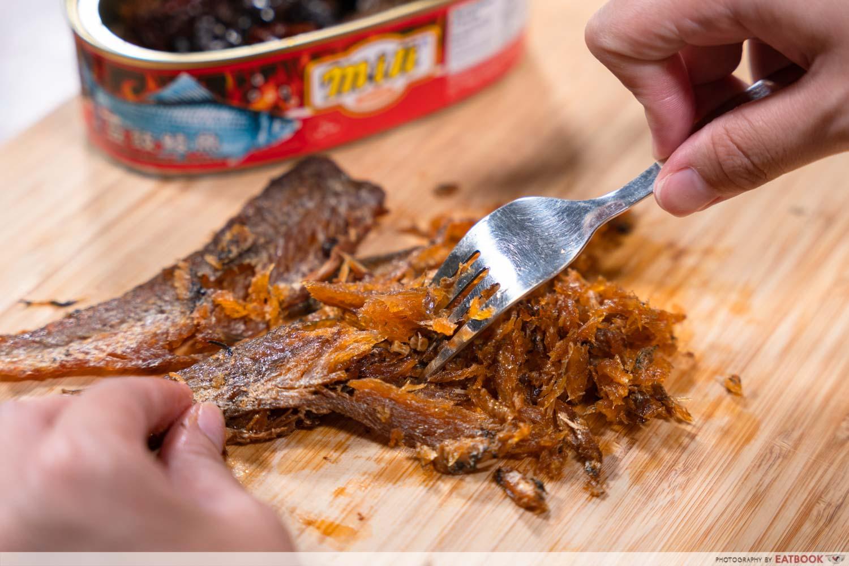edible bones in fried dace