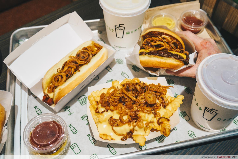 shake shack fried shallots burger suntec