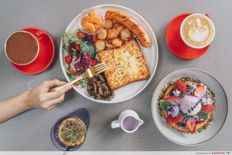 Cafe Coco - lavender brunch sets