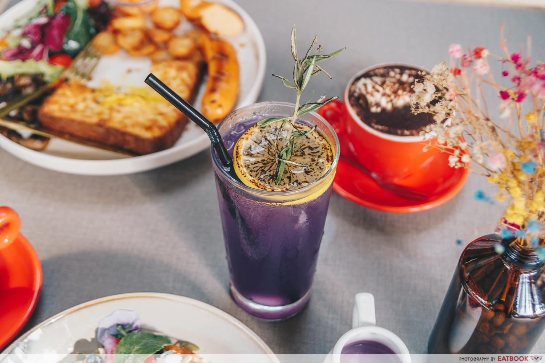 Cafe Coco - lavender lemonade