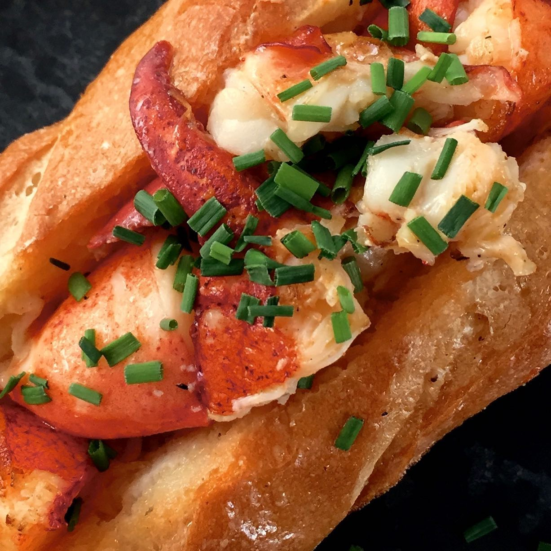 burger labo best lobster roll
