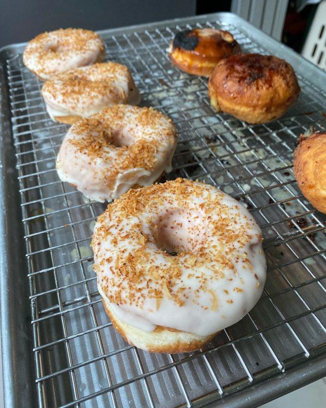 nutcase donuts