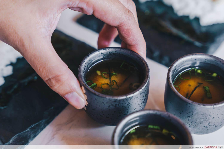 rappu - miso clam soup