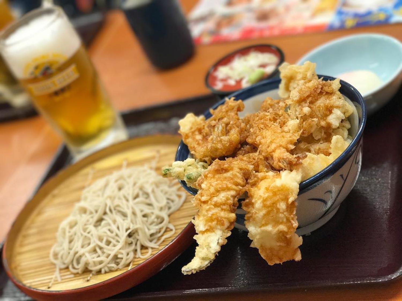 tempura tendon tenya - tempura with soba