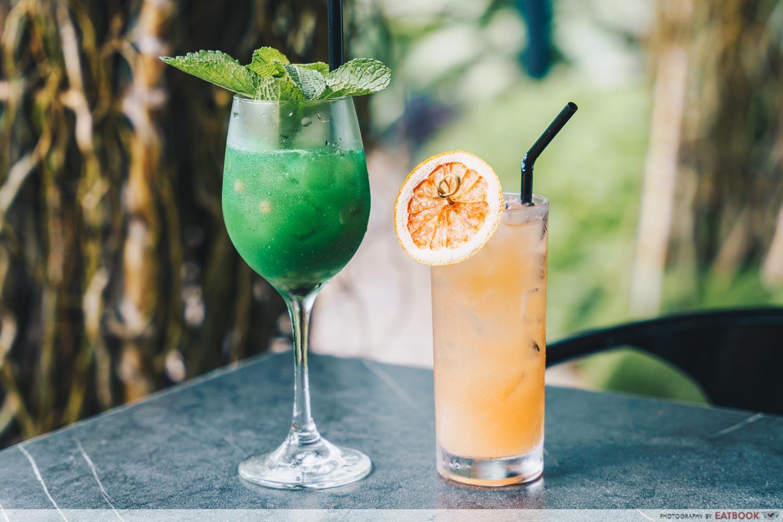 cocktail menu bee's knees