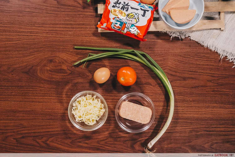 instant noodles - five ingredients