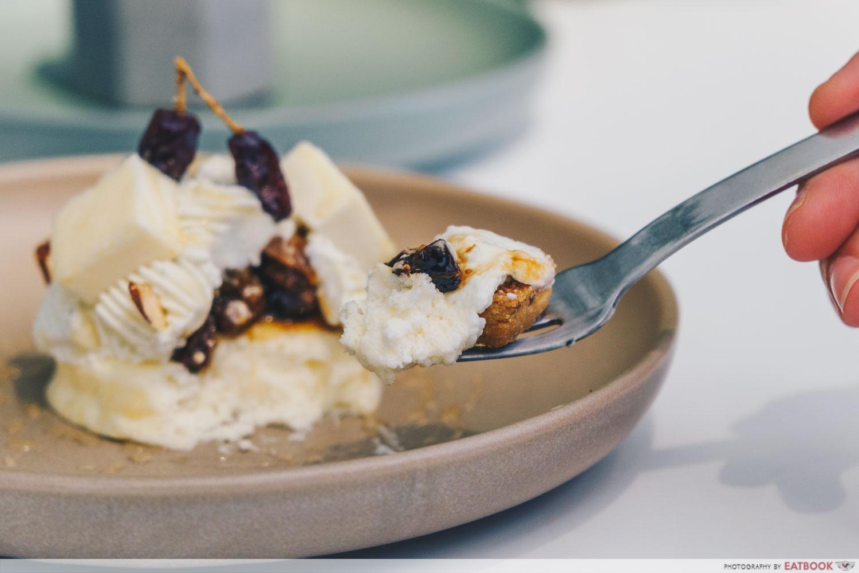 kki sweets - rum cheesecake