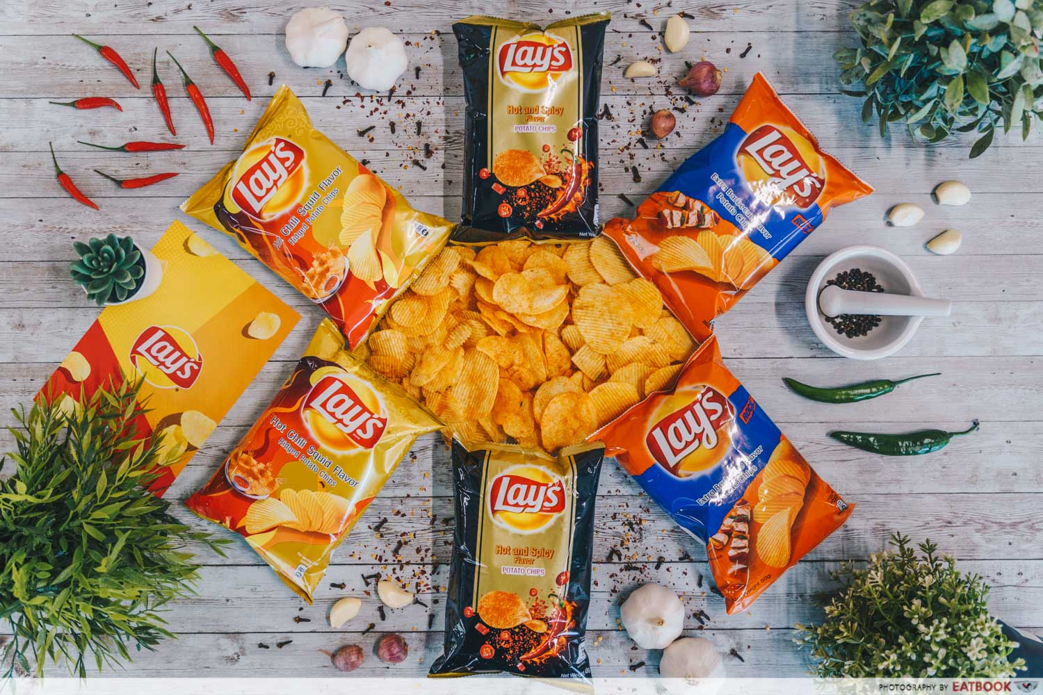 lay's potato chips - flatlay