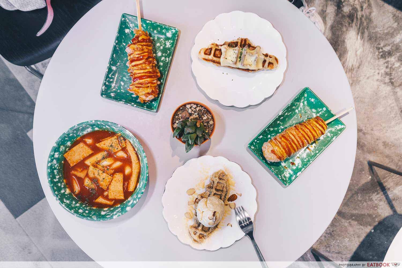 Bunsik - food flatlay