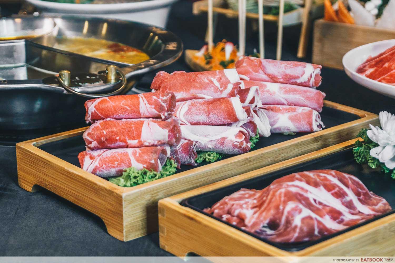yanxi palace steamboat meat trio