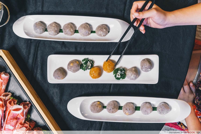 yanxi palace steamboat meatballs