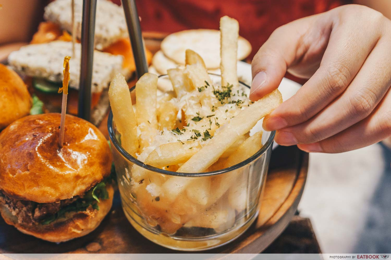 afternoon tea - truffle fries