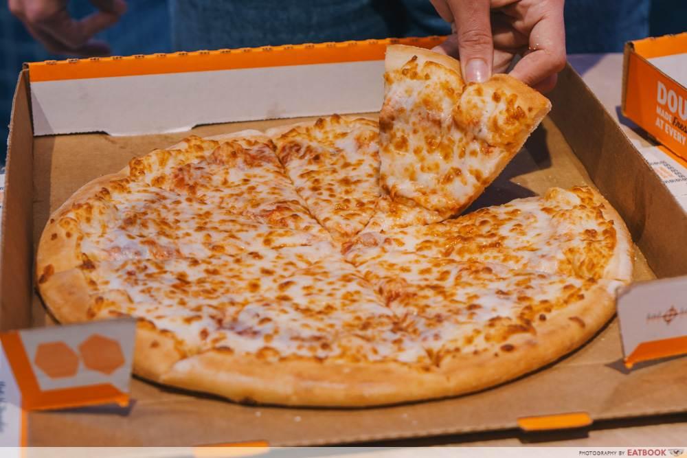 cheese pizza little caesars