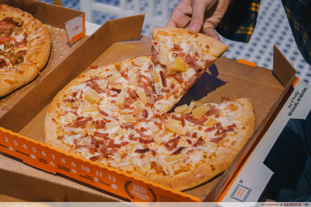 hawaiian pizza little caesars