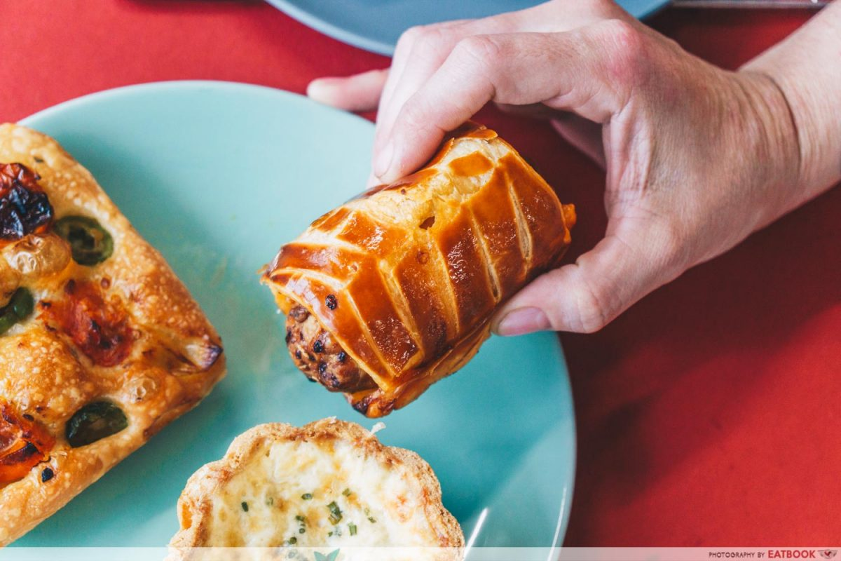tigerlily curry sausage puff