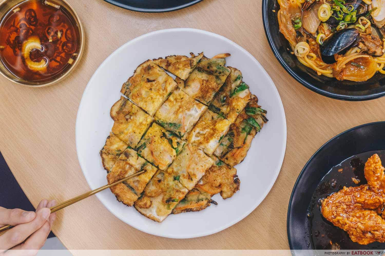 Annyeong Chicken - Seafood pancake