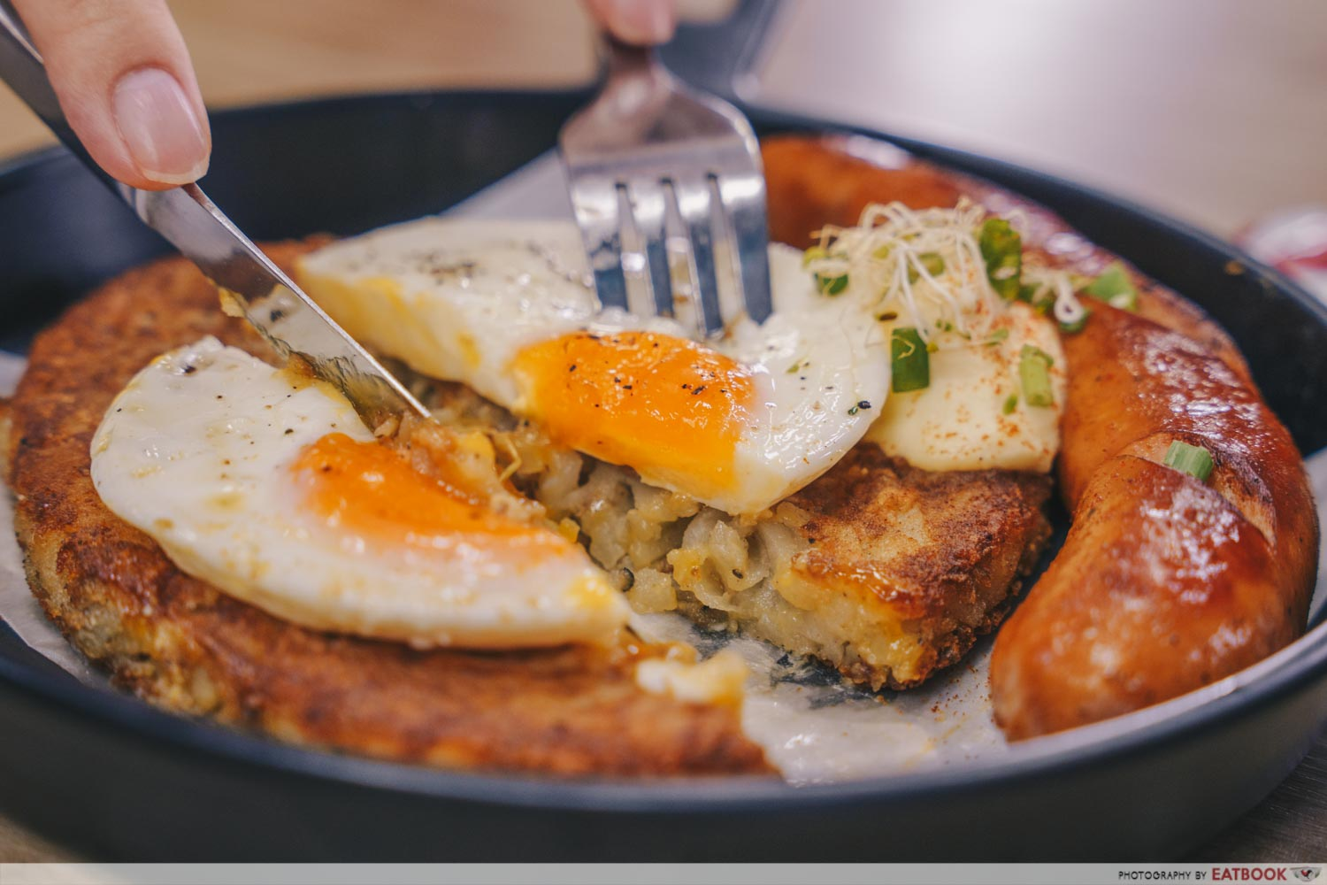 the breakfast club rosti with sausage and egg