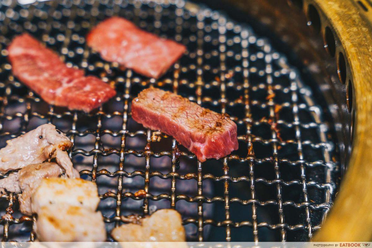 syohachi yakiniku tasting platter cooked