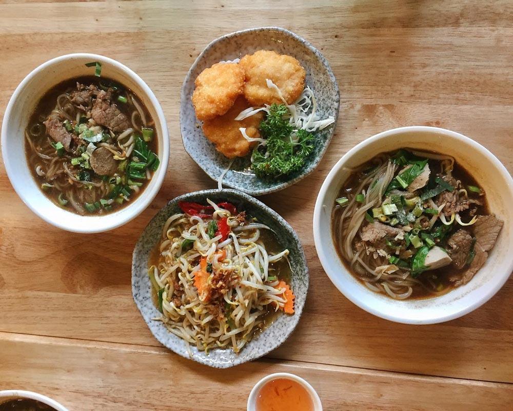 Boat Noodle - Royal Thai Boat Noodle