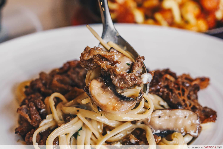 Chir Cafe + Bar - bulgogi meat close up
