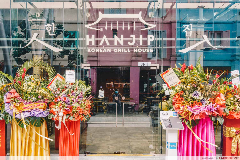 hanjip front of shop