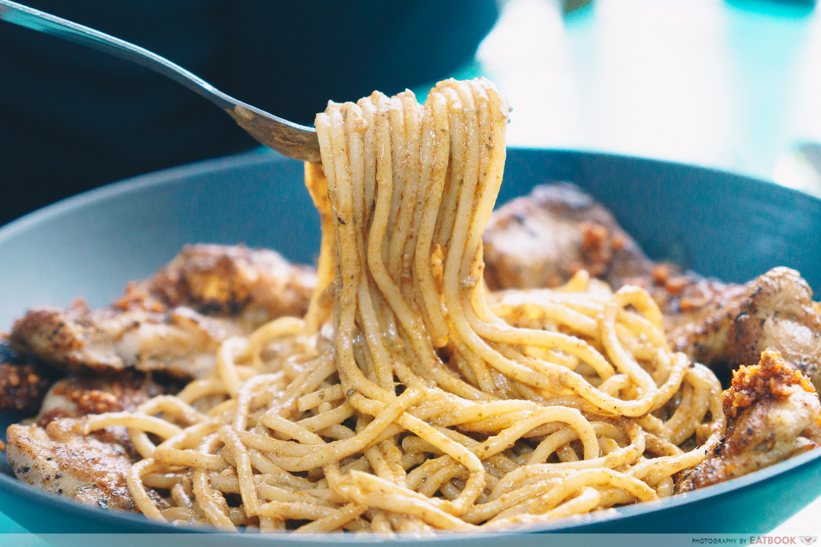 Eddy's No.1 - noodle pull