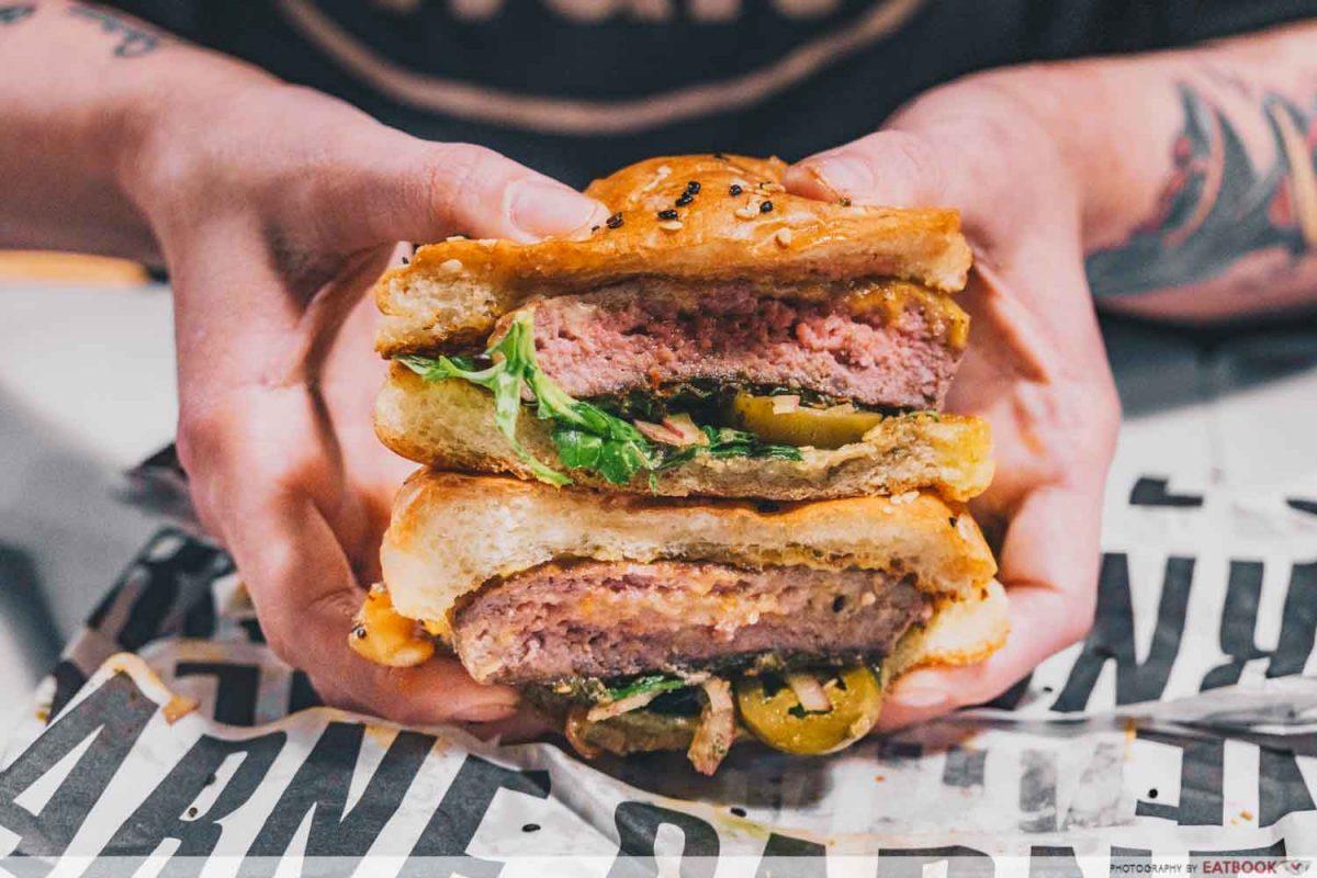 classic carne burger