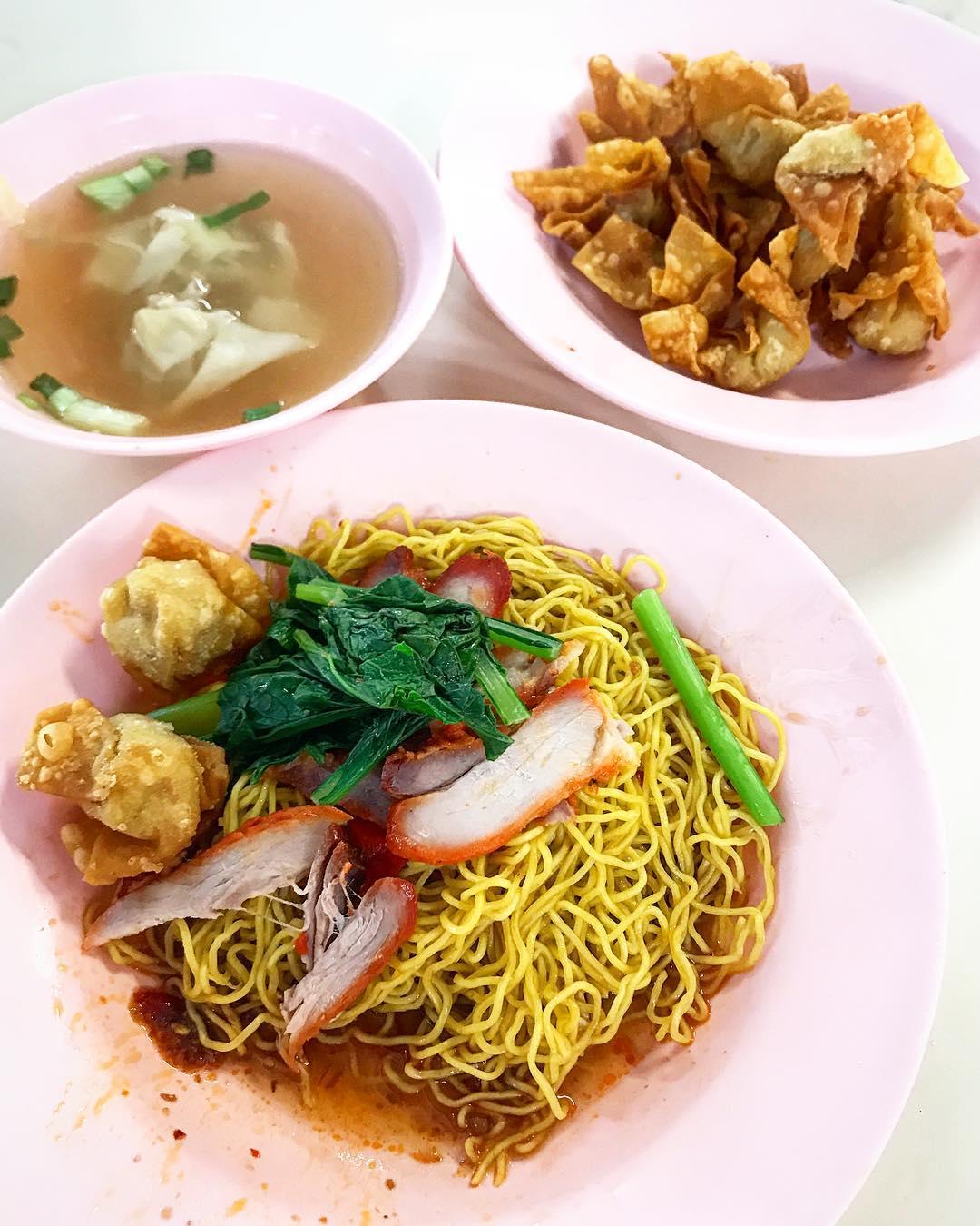 tian xiang wanton mee tanglin halt food centre