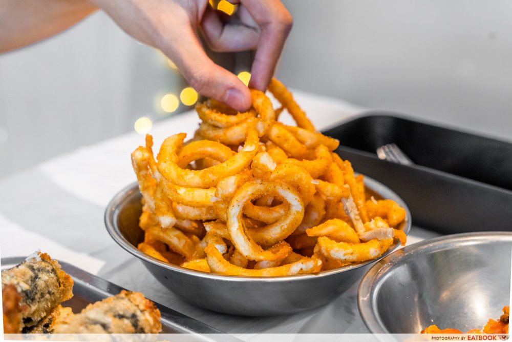 PINT AND DINE TWISTER FRIES