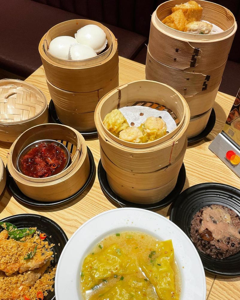 Four seasons Restaurant - dim sum flat lay