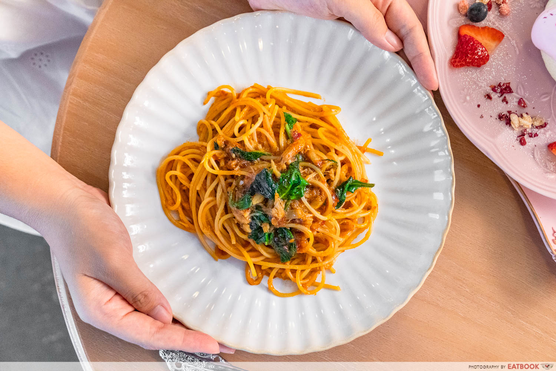 chilli crab spaghetti a beautiful day