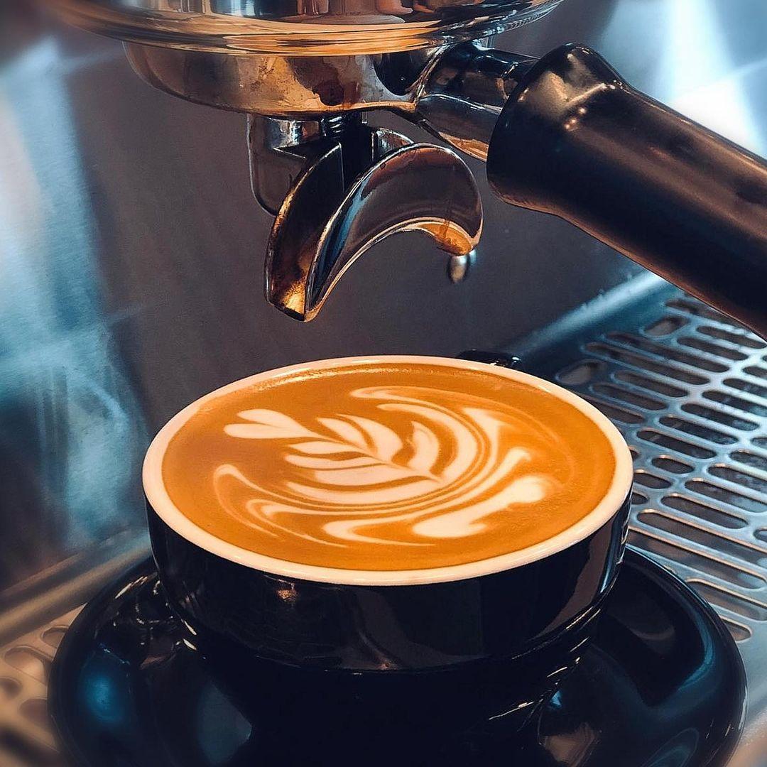 Suzuki Factory Cafe - Latte art
