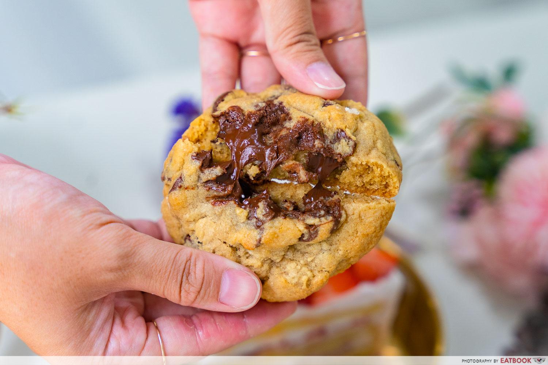 Haengbok Cakeyo - Chocolate Chip Chubby Cookie