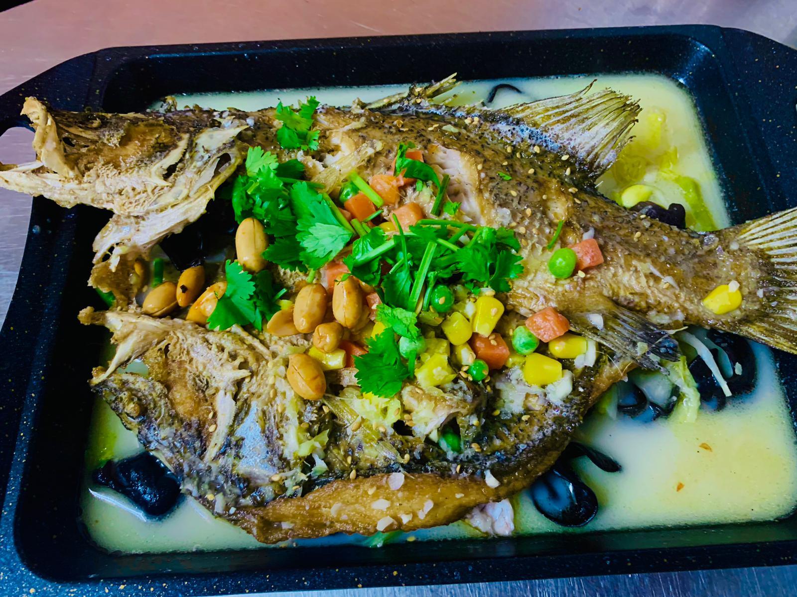 Ju Bao Xuan Mala Hotpot - healthy herbal grilled fish