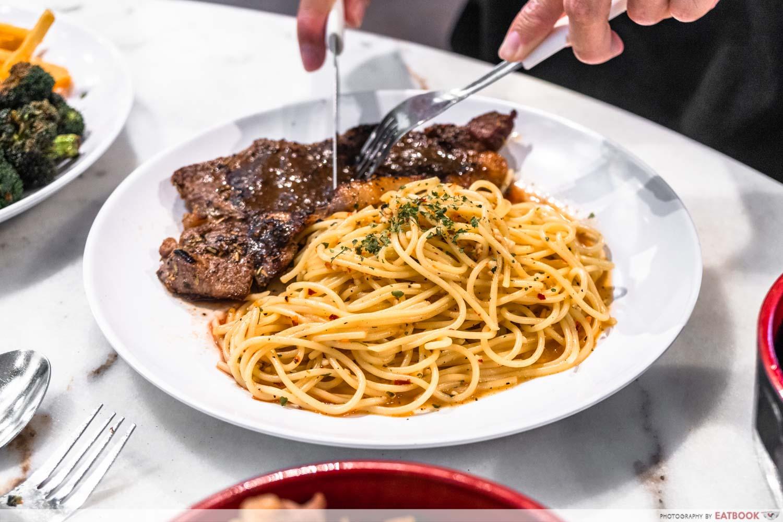 Chef Bui Bui - sirloin steak pasta