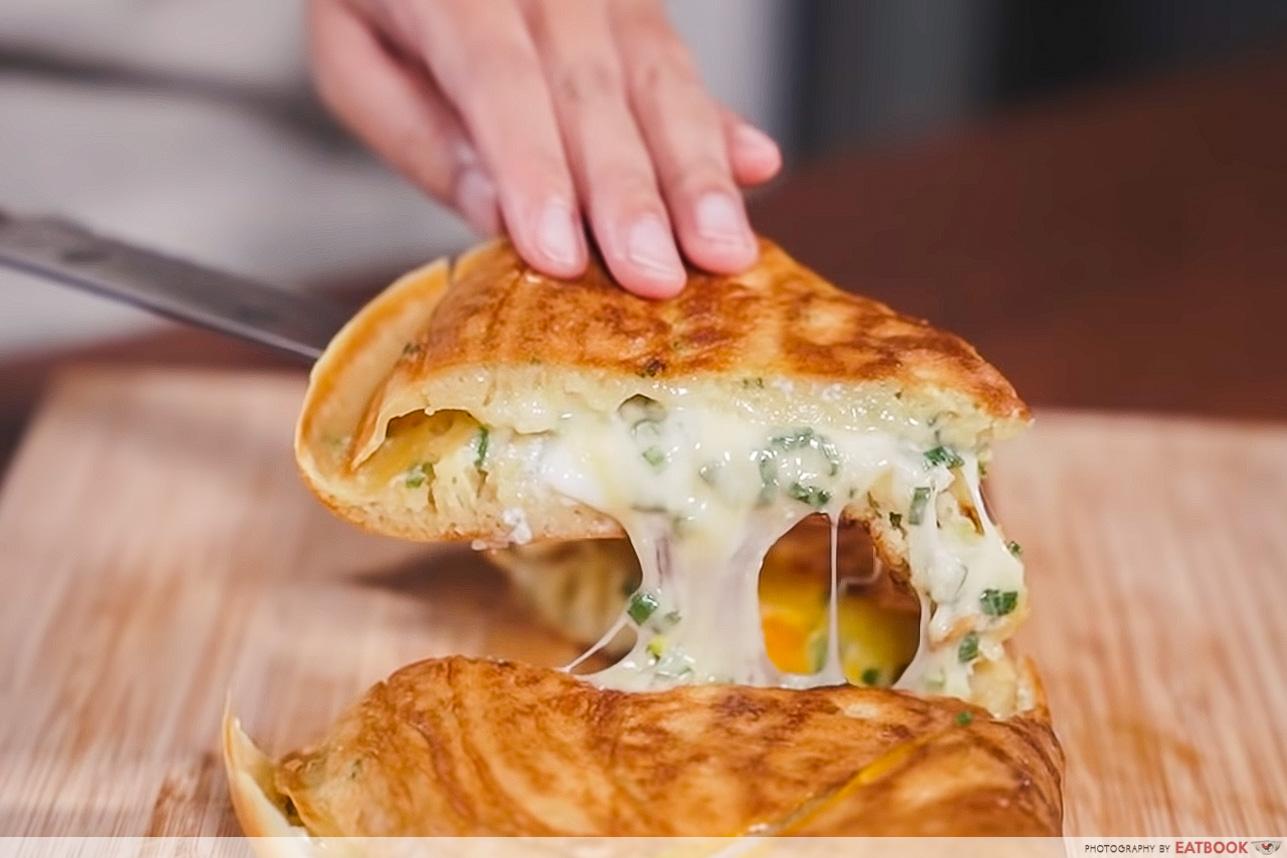 IG-worthy mjk - cheese pull