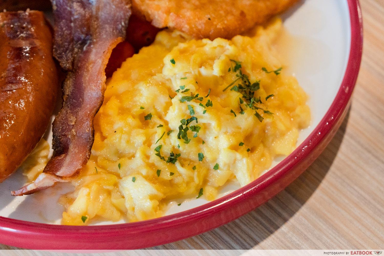 Joji's Diner - scrambled egg close up