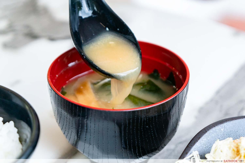 Maruhachi Donburi & Curry - miso soup