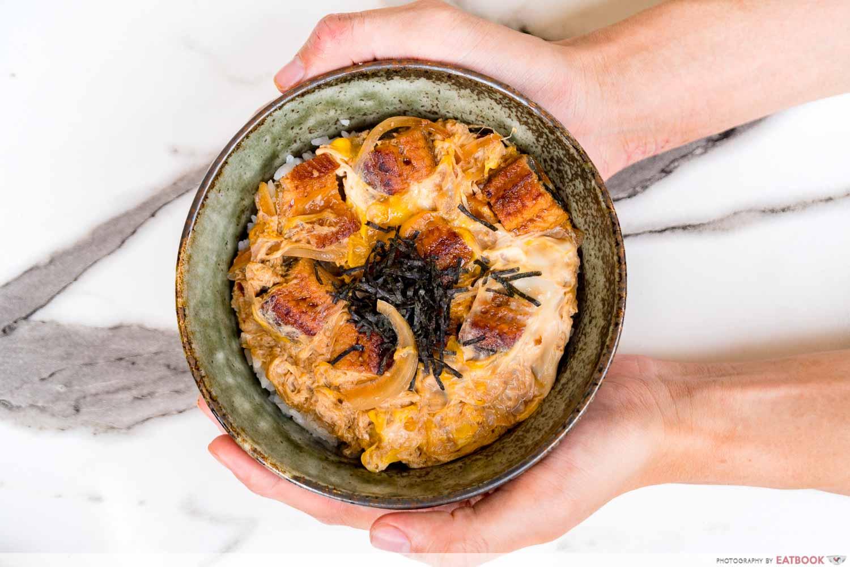 Maruhachi Donburi & Curry - una tama don