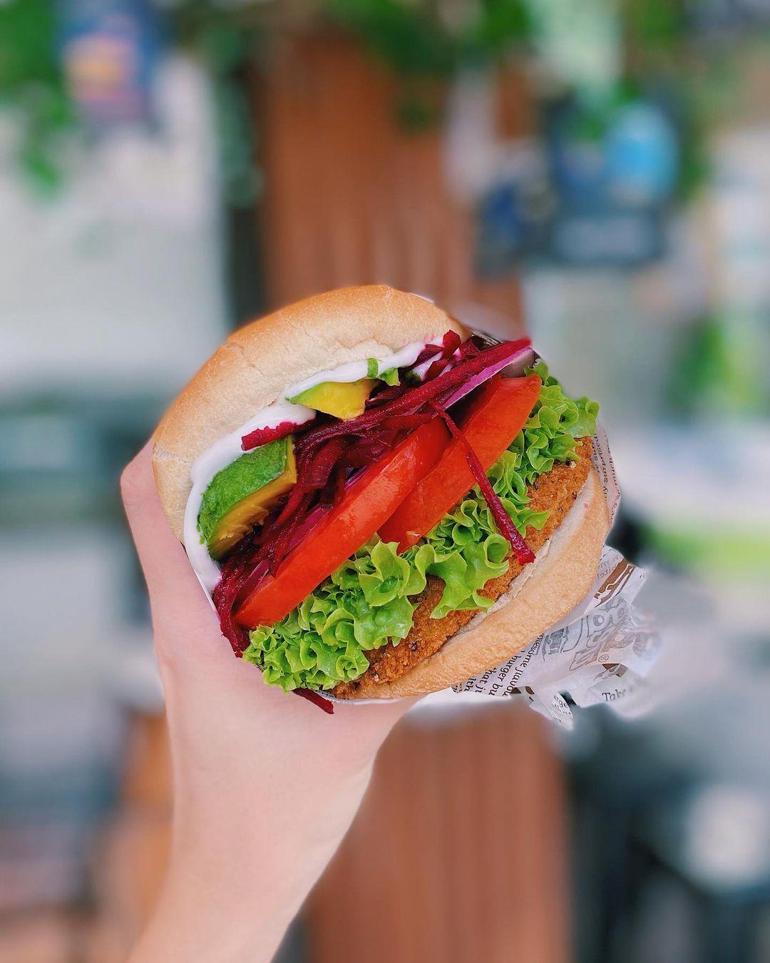 vegetarian food delivery - veganburg