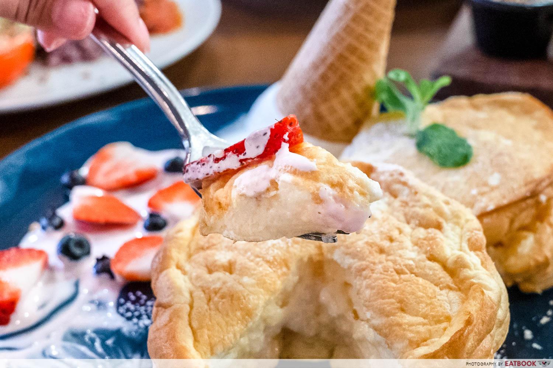 miam miam - fuwa fuwa pancake detail