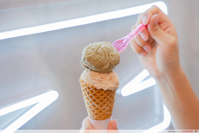 naked ice cream - hojicha ice cream and earl grey ice cream