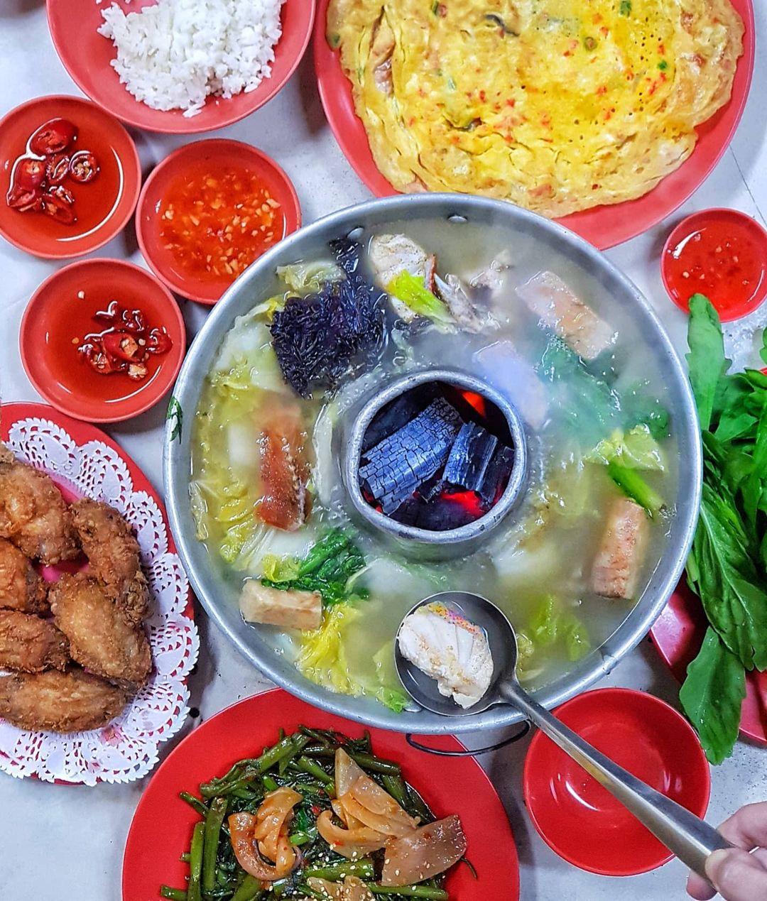 nan hwa chong fishhead steamboat
