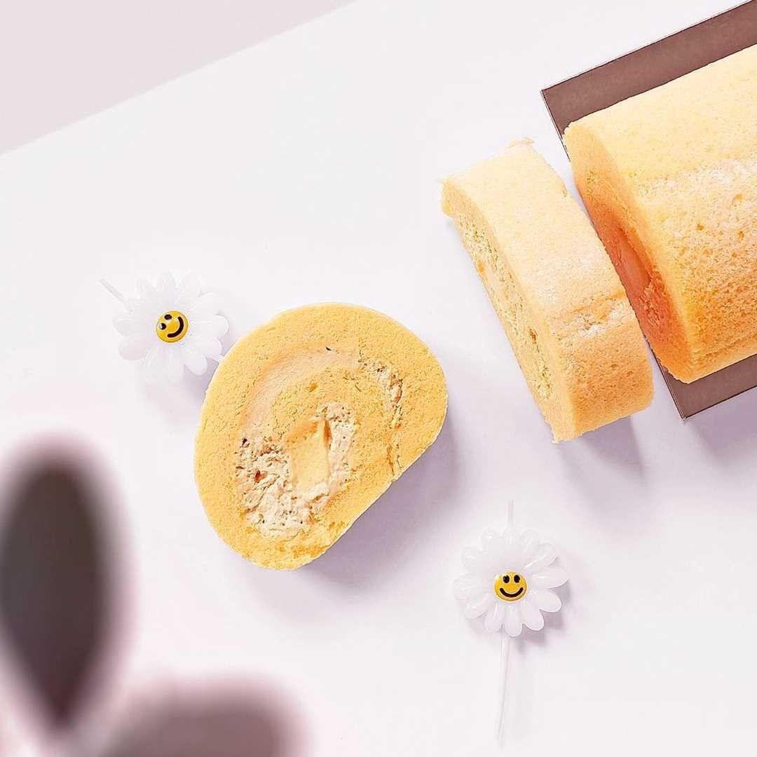 breadtalk pudding roll - Goguma