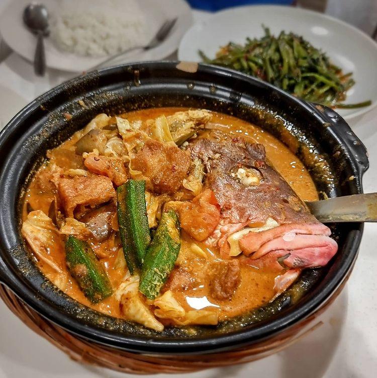 curry fish head coriander cafe