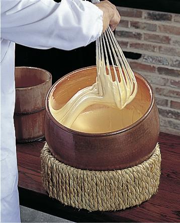 making fukusaya castella cake