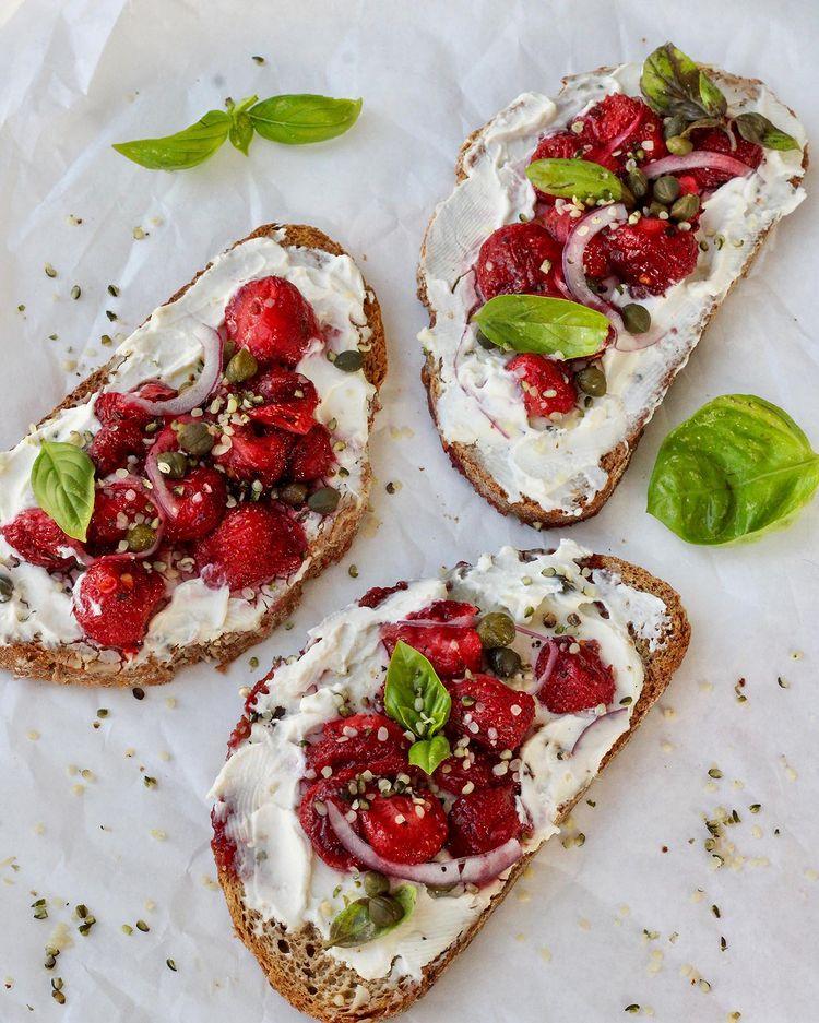 ricotta cheese toast