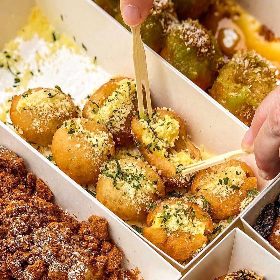 wtv food sg garlic parmesan dochi